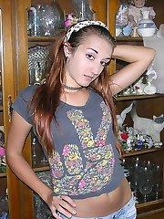 Amateur Teen Brunette Babe Amy R. Modeling Nude