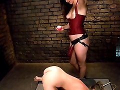 Jaelyn Fox makes her return to Whippedass with Bobbi Starr. This was a very emotional experience...