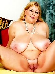 Huge titted BBW gets pounded!