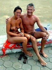 nude amateurs in public