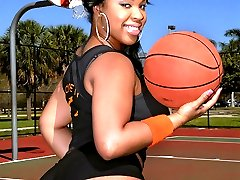 Check out this amazing super hot ass big booty basketball chick nailed hard in this beach side...