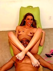 Delilah Strong seducing a horny foot worshiper with her pretty toes and gets it sprayed with cum
