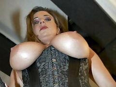 Mistress Alixx high res pics