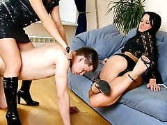 After laughing at his small dick cruel babes make naked guy lick their feet