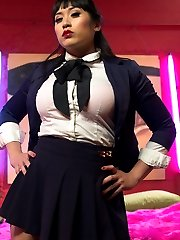 Welcome Mia Li to Divine Bitches! Mia is a gorgeous bratty domme with a sharp tongue. Mia, Wolf,...