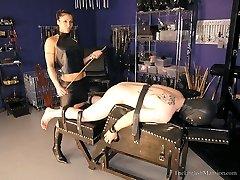 Slave For Aunska