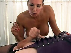 Blonde shemale slut gets her ass fucked by Strapon Jane