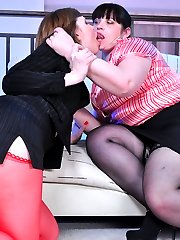 Caught in the act office girl pleasuring a lesbo mom to keep her secret