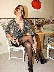 20 Pics- My Cute Wife in Lingerie