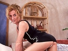 Hot Milf showing off her wet puss