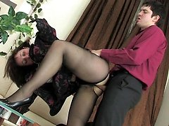 Lewd mature chick in black pantyhose giving her lover new banging sensation