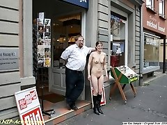 Janina naked on shopping tour