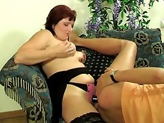 Chubby babe feeling new sensations luring a worker into strap-on fucking