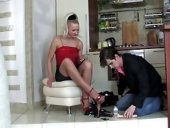 Hot-assed guy helps his fiancee to fit a strapon and eagerly spreads cheeks