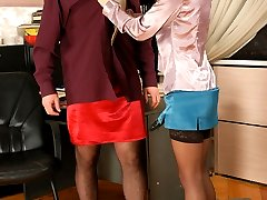 Voluptuous chick tearing sissy guys pantyhose with her enormous strap-on