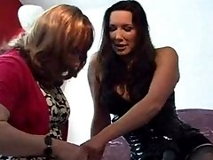 Strapon Jane fucks and stretches a slutty crossdressers ass