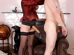 Blindfold guy getting mind-blowing sensations feeling strap-on in his ass