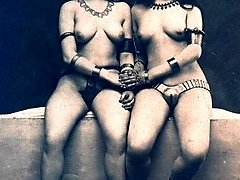 Nude retro ladies together