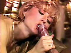 Retro blonde rides the manhood