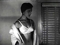 Vintage housewife showing