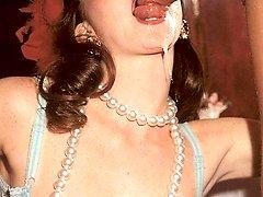 Cumming in her retro mouth