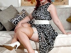 Buxom Jay loves dressing up in her Auntie's sexy vintage lingerie and nylons!