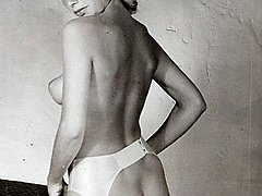 Fifties ladies showing rump