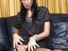 Tammy tucks her crevasses in sexy nylons!
