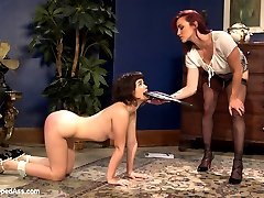 Welcome 19 year old year old Yhivi to Whipped Ass. In this kinky roleplay fantasy Yhivi has a...