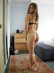 Fantastic ass hottie flaunts curves in lingerie