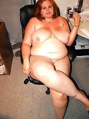 BBWs display massive breasts and fat cunts