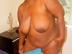 Crystal is a hot horny and hefty older babe. She's showing it all and ready to get freaky