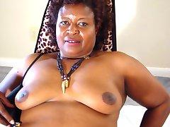 Weru shows off her ASSets