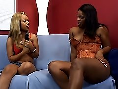 Gorgeous black babes love to make each other cum loudly