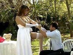 Heated shemale bride puts to work her ready cock just after wedding party