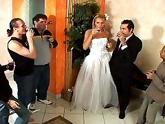 Shemale bride thrusting booty of her fiancé in their first wedding night