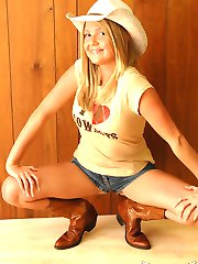 Perky blonde Madison Summers shows off her country side as she strips down to her cowboy boots