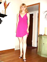 MILF with perky breasts giving hot head
