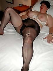 Mature with pantyhose fetish