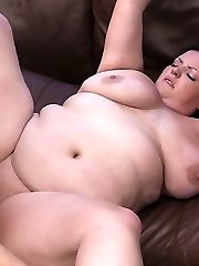 Cute young fattie got so turned on being photographed that she rode the man
