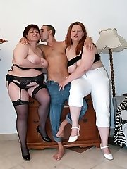 Marta and Chaste are top intense mature plumpers having a nice 3 way on the sofa