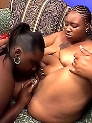 Big ebonies munching their wet slits