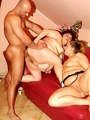 Victoria and Gaborne are chunky chicks having a adorable threesome in the living room