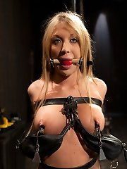 Amy Brooke gets used by Sgt. Major. Who doesnt fancy a hot sex slave on her toes, blindfolded,...