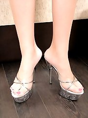 Free picture gallery from bitches-feet.com