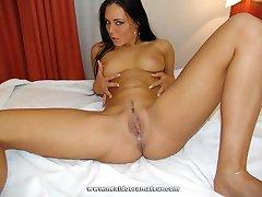 Sexy slut nice boobs doing it for creampie