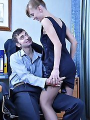 Office hotty in shiny dark stocking seducing her co-worker into a quickie