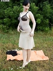 Wanilianna out in the fields flashing off her curvy figure in retro corselette!