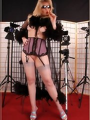 Angel as diva in grey barefeet stockings