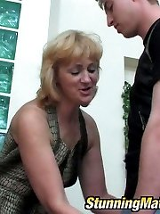 Lewd mature chick getting her ripe twat exploited hard after muff-licking